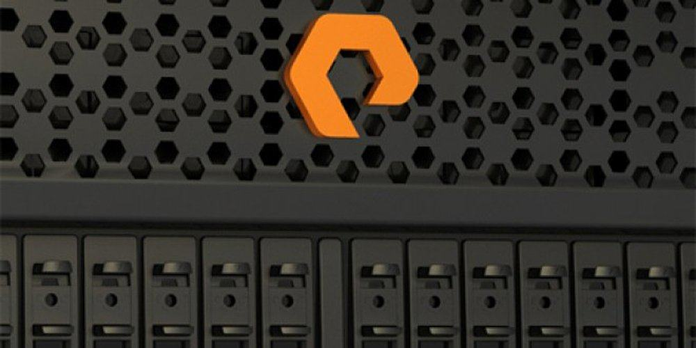 PureStorage Logo on Flash Array