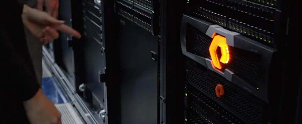 Pure-Storage-Brand-Identity-Flash-Array