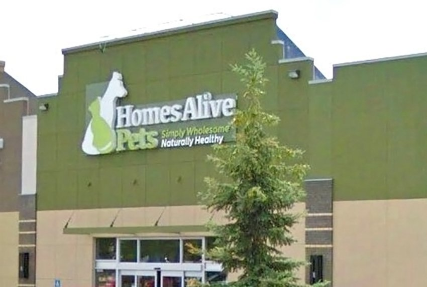 homes-alive-pets-store-logo-and-sign